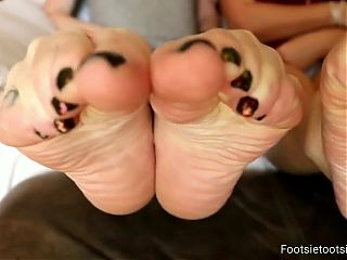 Double wrinkly soles and feet scrunching