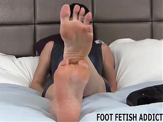 You totally have a foot fetish dont you