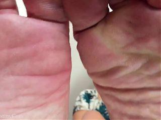 Foot Stool POV